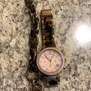 MK watch and matching bracelet